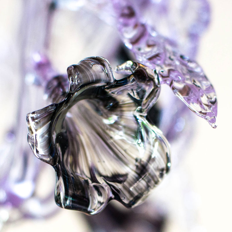 Lilac chandelier – flower detail