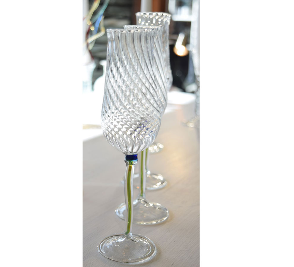 Champagne glass blue flower twist