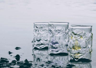 Lakeland heads glass tumblers