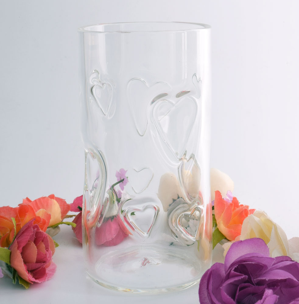 Tumbler with imprinted hearts